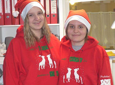 Unsere Praktikantinnen Wünschen Frohe Weihnachten!
